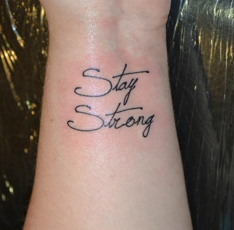 Írás Felirat Csuklón Tetoválás Minták Képek - Westend